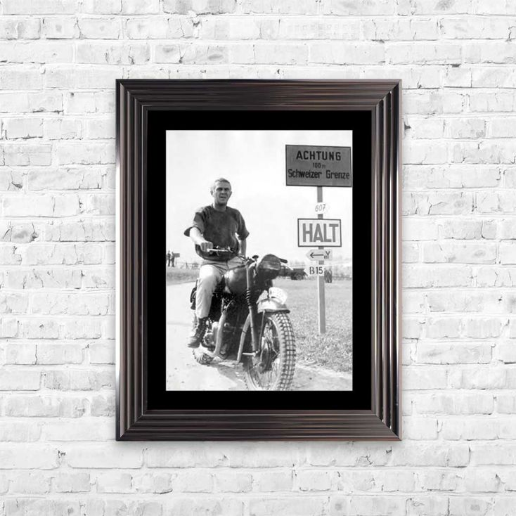 Steve McQueen Framed Art Vintage Wall Art £ 137.00 Store UK, US, EU, AE,BE,CA,DK,FR,DE,IE,IT,MT,NL,NO,ES,SE