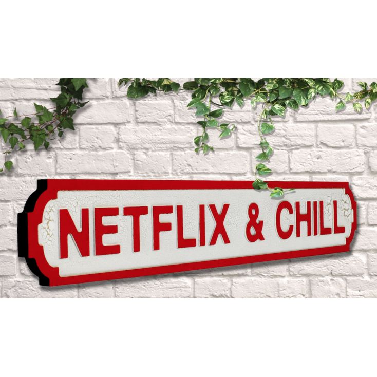Netflix and Chill Retro Gifts £ 35.00 Store UK, US, EU, AE,BE,CA,DK,FR,DE,IE,IT,MT,NL,NO,ES,SE