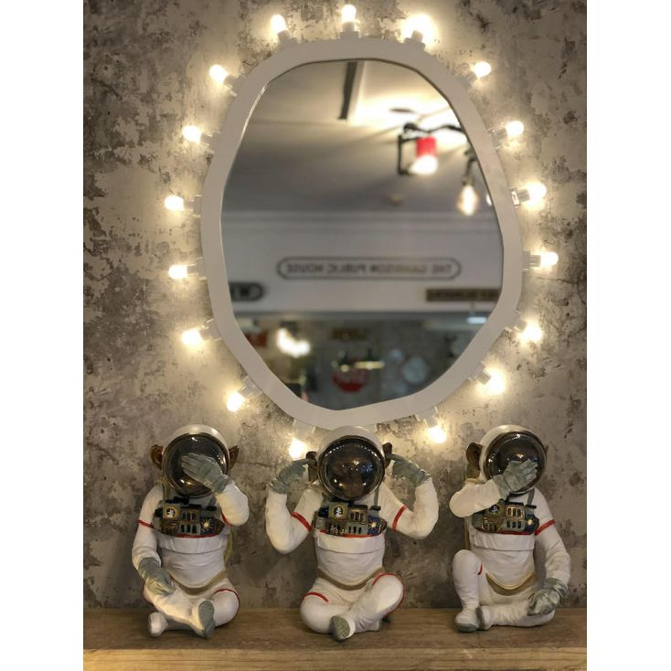Space Monkeys Retro Ornaments £ 168.00 Store UK, US, EU, AE,BE,CA,DK,FR,DE,IE,IT,MT,NL,NO,ES,SE