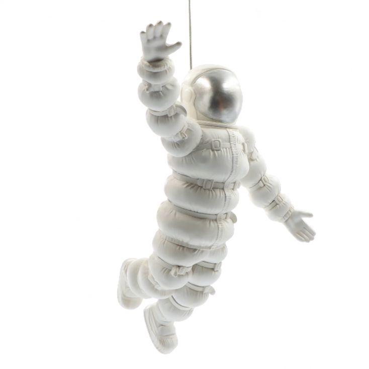 Spacewalk Astronaut Retro Gifts £ 39.99 Store UK, US, EU, AE,BE,CA,DK,FR,DE,IE,IT,MT,NL,NO,ES,SE