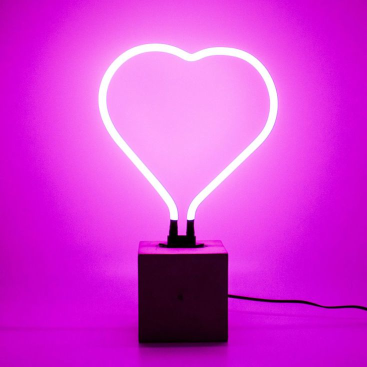 Neon LOVE HEART Valentines Gifts £ 69.00 Store UK, US, EU, AE,BE,CA,DK,FR,DE,IE,IT,MT,NL,NO,ES,SE