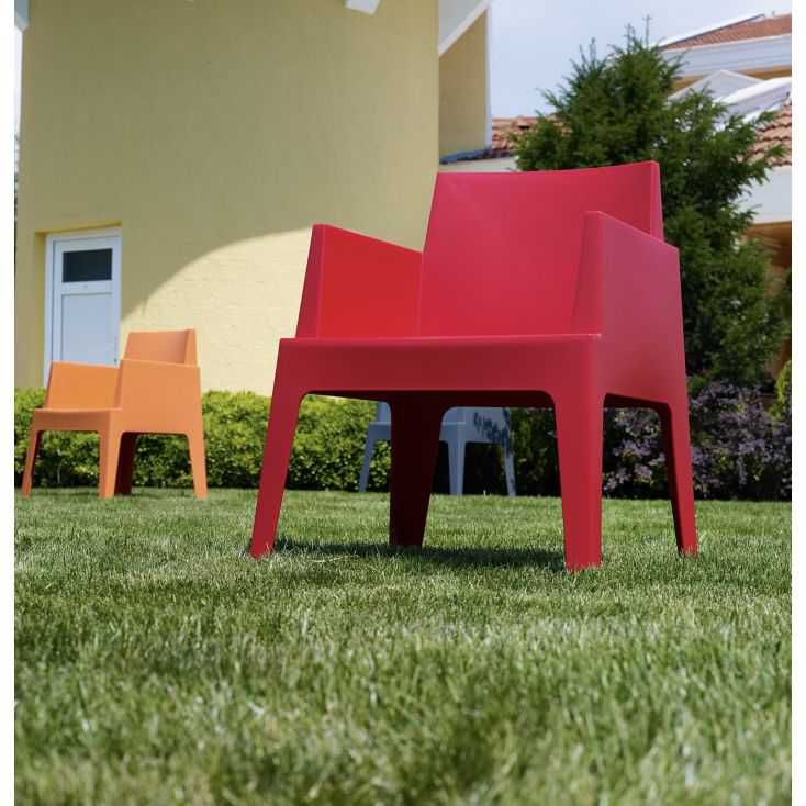 Outdoor Red Box Chair Garden Furniture Smithers of Stamford £144.00 Store UK, US, EU, AE,BE,CA,DK,FR,DE,IE,IT,MT,NL,NO,ES,SE