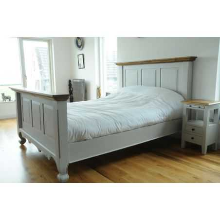 English Country Retreat Queen Bed Smithers Archives Smithers of Stamford £ 1,140.00 Store UK, US, EU, AE,BE,CA,DK,FR,DE,IE,IT...
