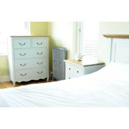 English Country Retreat Chest Home Smithers of Stamford £ 797.00 Store UK, US, EU, AE,BE,CA,DK,FR,DE,IE,IT,MT,NL,NO,ES,SE