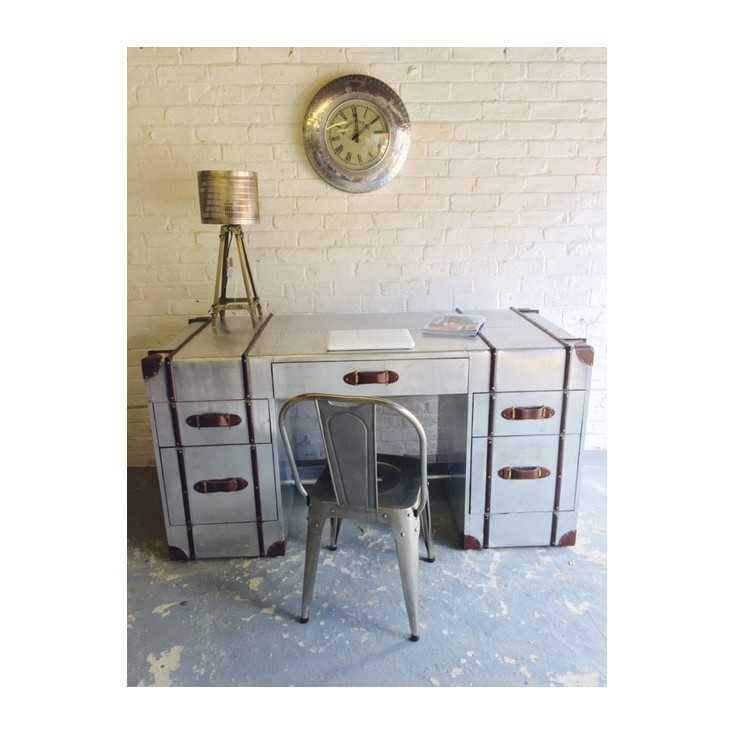 Aviator Leather Desk Home Smithers of Stamford £ 1,880.00 Store UK, US, EU, AE,BE,CA,DK,FR,DE,IE,IT,MT,NL,NO,ES,SE