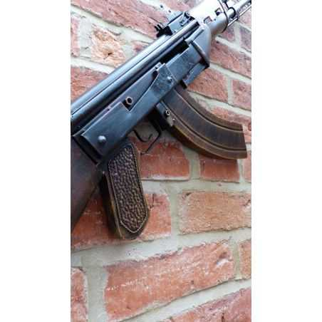 AK 47 Smithers Archives Smithers of Stamford £ 145.00 Store UK, US, EU, AE,BE,CA,DK,FR,DE,IE,IT,MT,NL,NO,ES,SE