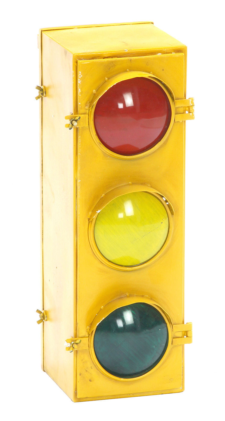 Home Vintage Traffic Light To Lighten Up Your Home