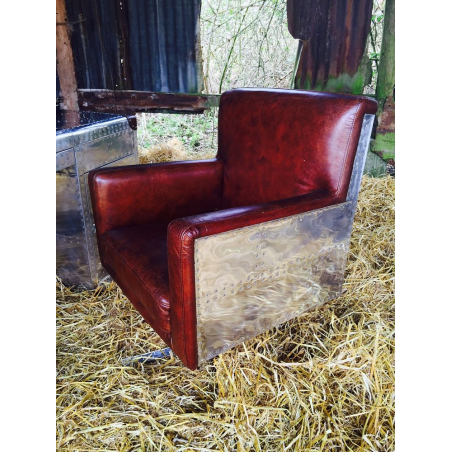 Pilot Falcon Leather Chair Smithers Archives Smithers of Stamford £ 850.00 Store UK, US, EU, AE,BE,CA,DK,FR,DE,IE,IT,MT,NL,NO...