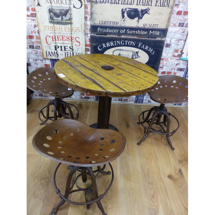 Stamford Farmer Reclaimed Round Table