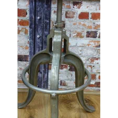 Cast Stool Home Smithers of Stamford £ 229.00 Store UK, US, EU, AE,BE,CA,DK,FR,DE,IE,IT,MT,NL,NO,ES,SE