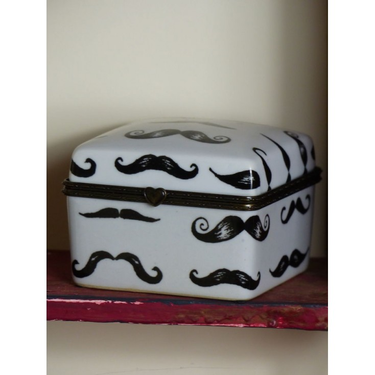 Moustache Trinket Box Smithers Archives Smithers of Stamford £ 12.00 Store UK, US, EU, AE,BE,CA,DK,FR,DE,IE,IT,MT,NL,NO,ES,SE