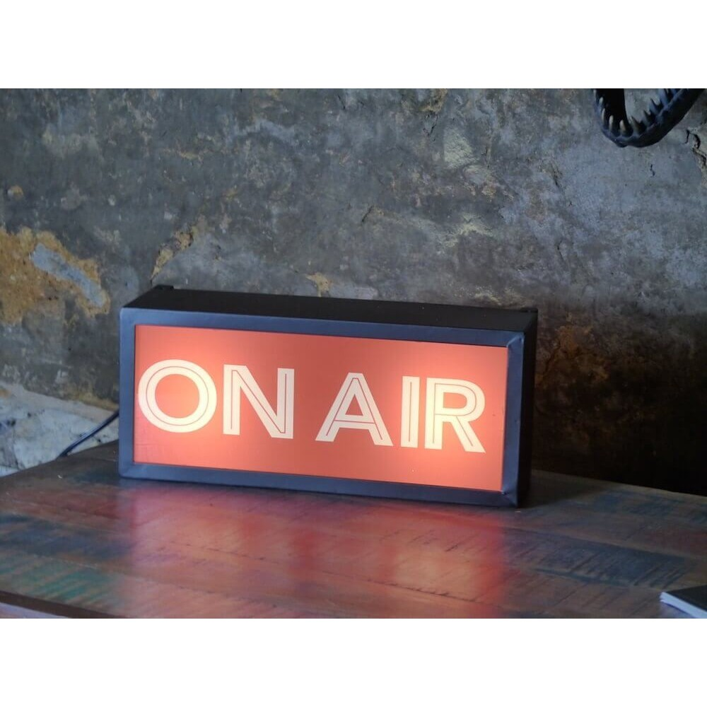 On Air Light Retro Gifts