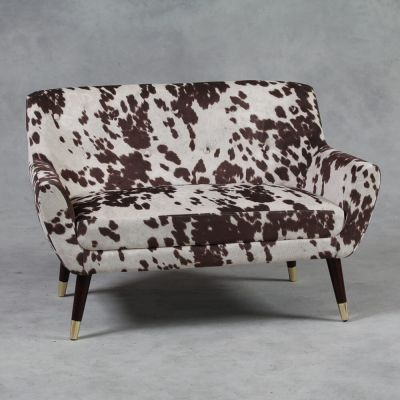 Cowhide Sofa Designer Furniture Smithers of Stamford £ 599.00 Store UK, US, EU, AE,BE,CA,DK,FR,DE,IE,IT,MT,NL,NO,ES,SE