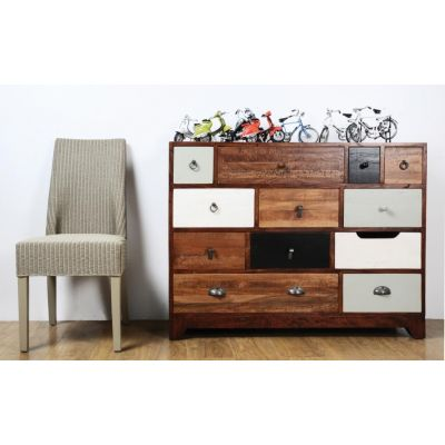 Nostalgic Wide Chest of Drawers Bedroom Smithers of Stamford £ 938.00 Store UK, US, EU, AE,BE,CA,DK,FR,DE,IE,IT,MT,NL,NO,ES,SE