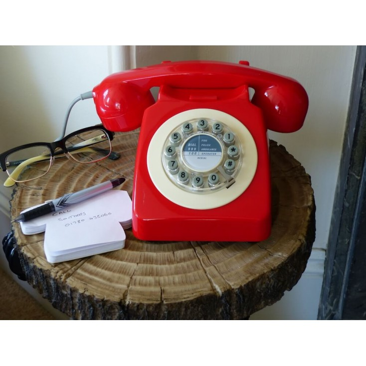 Red Retro Telephone Retro Telephones £ 48.00 Store UK, US, EU, AE,BE,CA,DK,FR,DE,IE,IT,MT,NL,NO,ES,SE