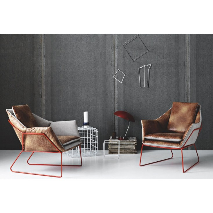 Saba New York Armchair Designer Furniture Saba Italia 1,700.00 Store UK, US, EU, AE,BE,CA,DK,FR,DE,IE,IT,MT,NL,NO,ES,SE