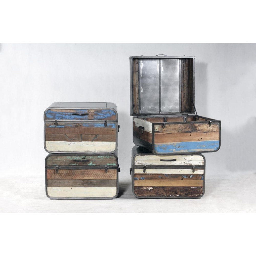 Beautiful New York Loft Reclaimed Wood Coffee Tables: Industrial Storage Chest Trunk Coffee Tables