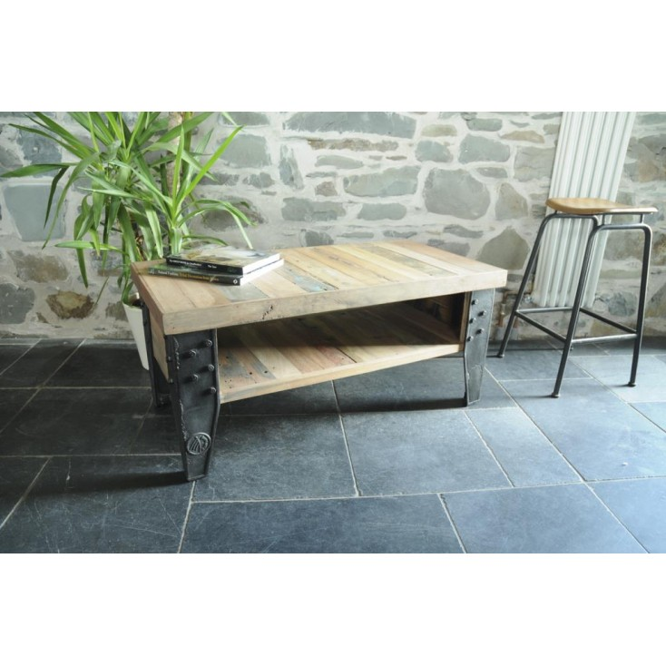 New York Loft Coffee Table Smithers Archives Smithers of Stamford £ 530.00 Store UK, US, EU, AE,BE,CA,DK,FR,DE,IE,IT,MT,NL,NO...