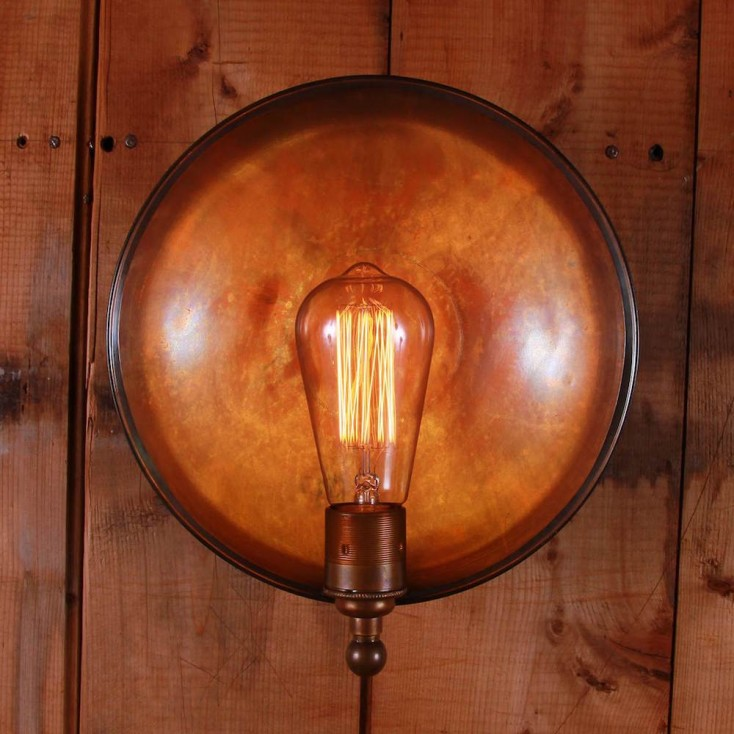 Busy Wall Lamp