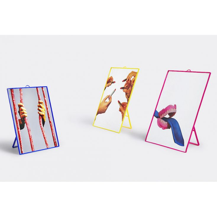 Seletti Wears Toiletpaper Mirrors Vintage Mirrors Seletti £ 25.00 Store UK, US, EU, AE,BE,CA,DK,FR,DE,IE,IT,MT,NL,NO,ES,SE