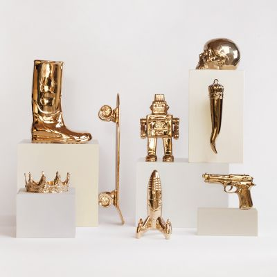My Gold Gun Retro Ornaments £ 50.00 Store UK, US, EU, AE,BE,CA,DK,FR,DE,IE,IT,MT,NL,NO,ES,SE