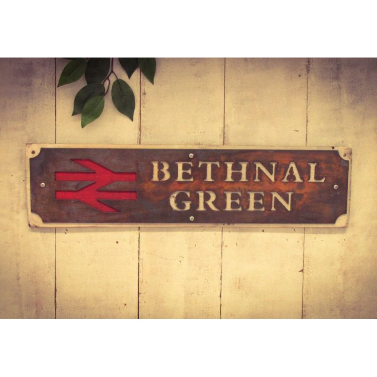 Train Station Signs Retro Signs Smithers of Stamford £ 22.00 Store UK, US, EU, AE,BE,CA,DK,FR,DE,IE,IT,MT,NL,NO,ES,SE