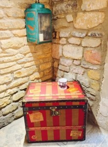 leather-travel-trunk