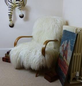 mongolian-sheepskin-chair
