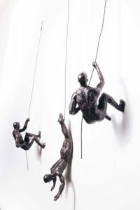 climbing_men_wall_sculpture