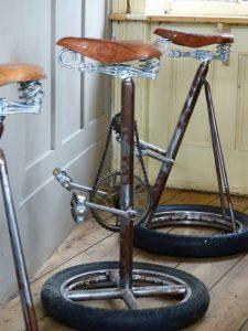 pedal_stool