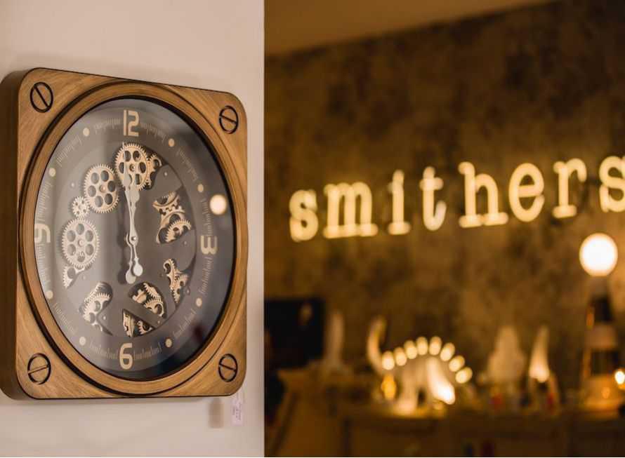 Retro And Vintage Wall Clocks